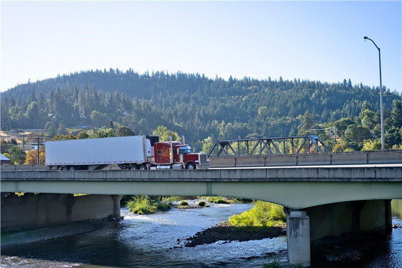 6 Things You Need to Know About Interstate Movers